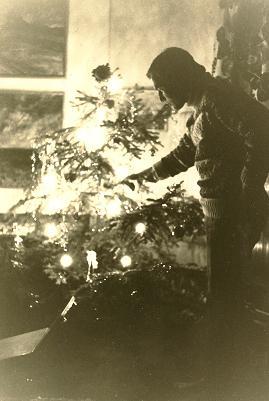 1977-julgranlit.jpg