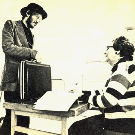 1977-sjalvinllit.jpg